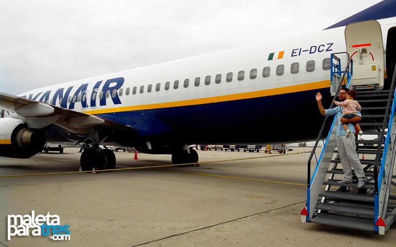 Post - Viajar con niños en avión