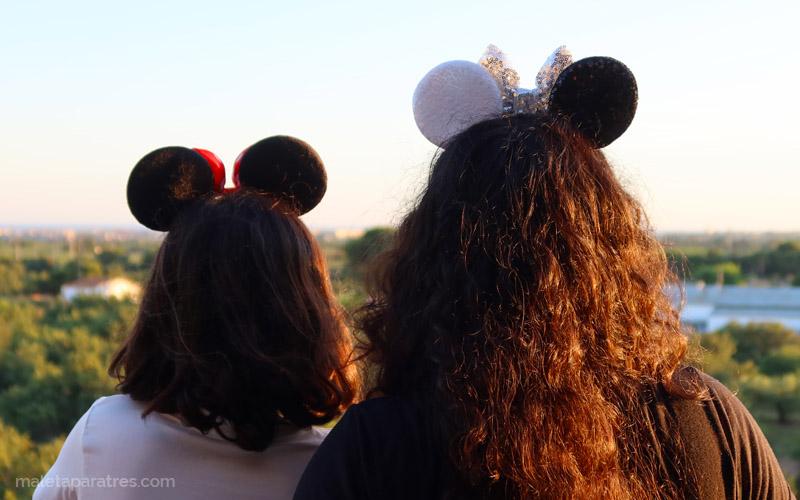 Post - El Coronavirus pospone Disneyland París